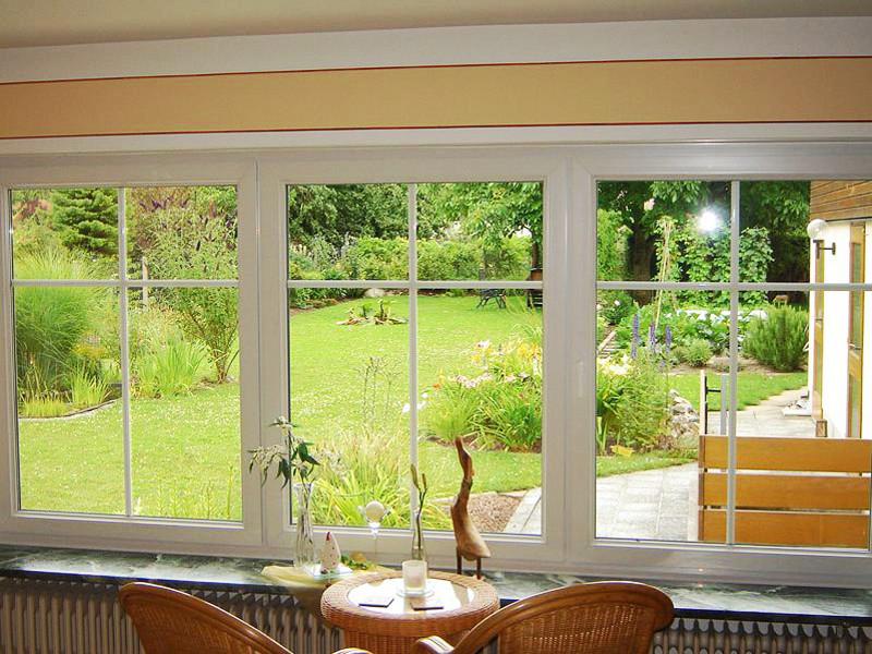 perfecta Fenster und großer Garten