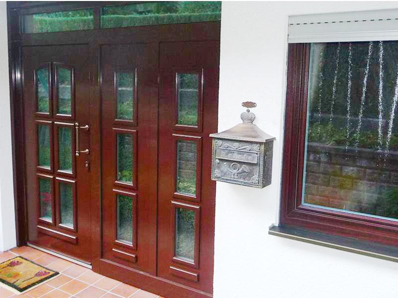Klassische perfecta Tür