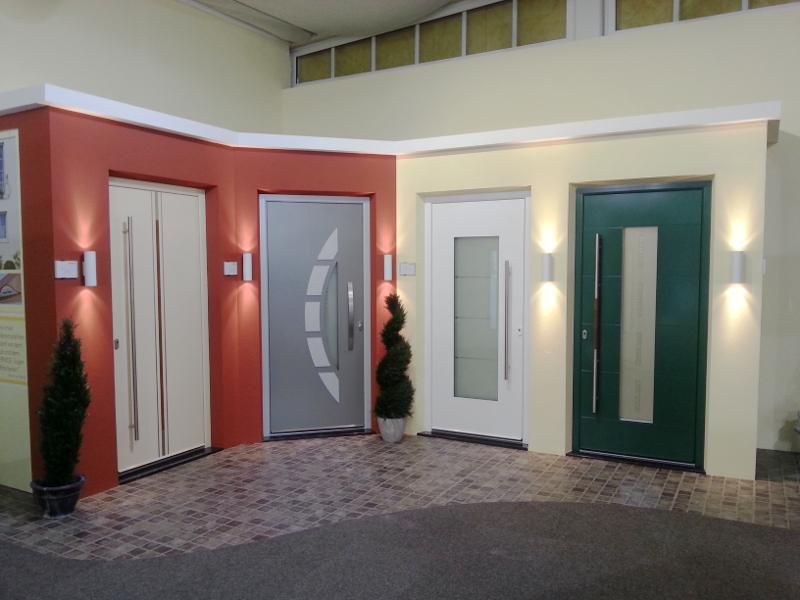 Vier individuelle perfecta Türen