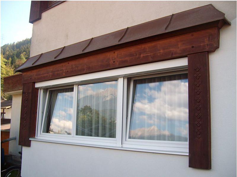 perfecta Fenster mit Wolkenspiegelungen