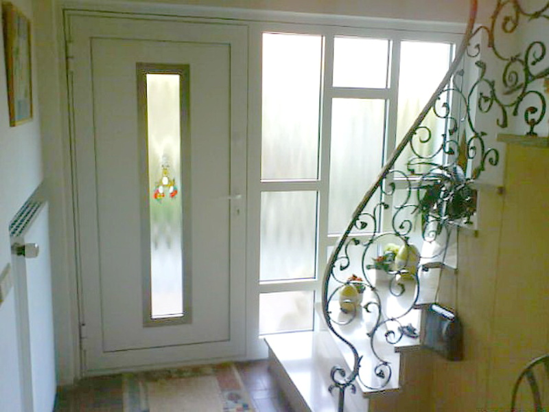 perfecta Tür mit Glas Seitenteil
