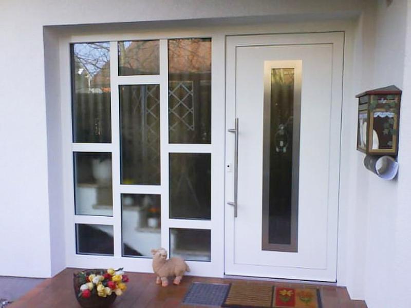 perfecta Tür mit großem Seitenfenster